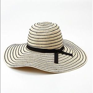 ☀️Black striped sunhat with pink bow🎀